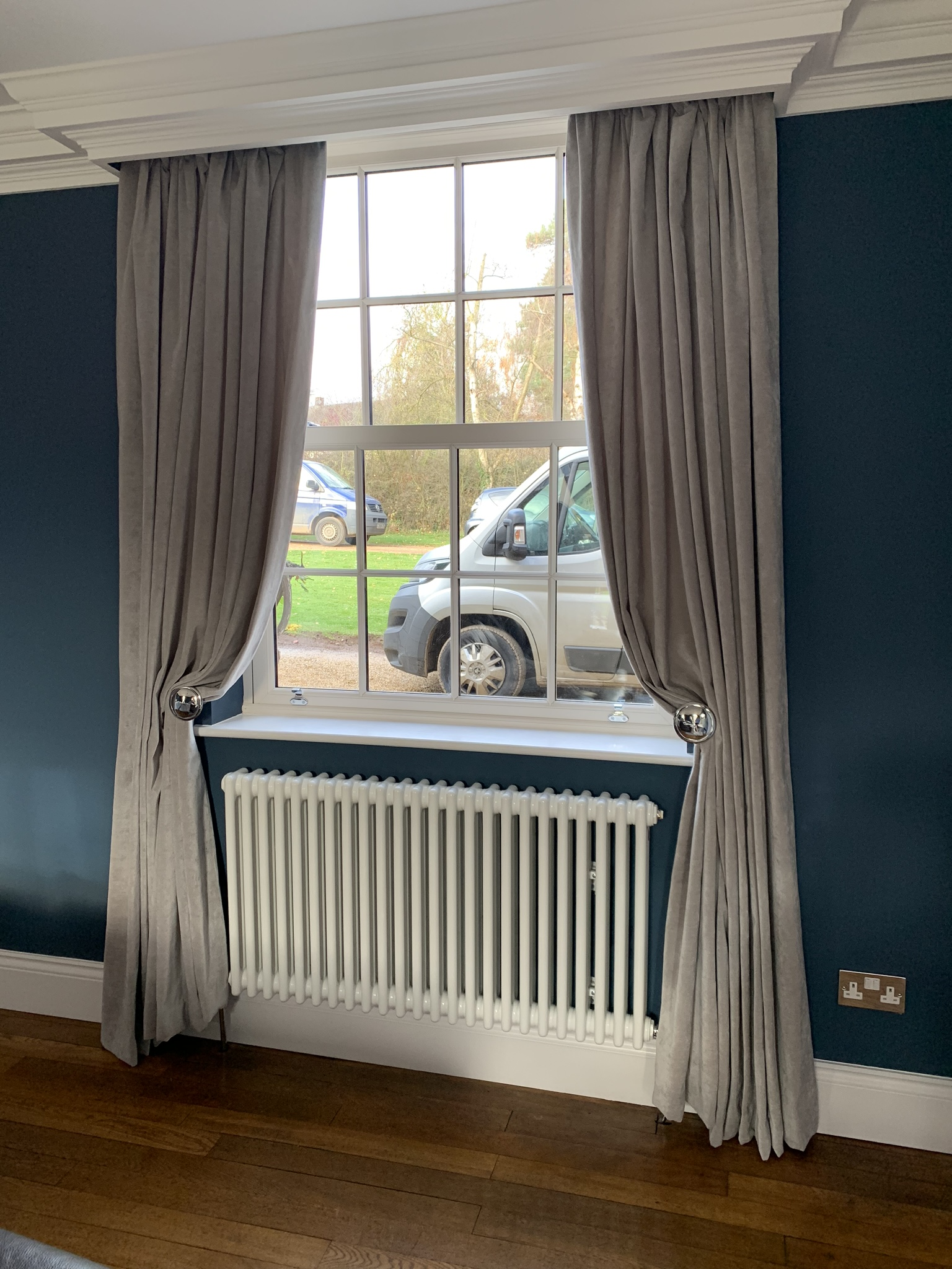 Curtain over Radiator
